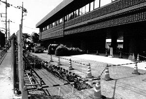 歩道拡張工事